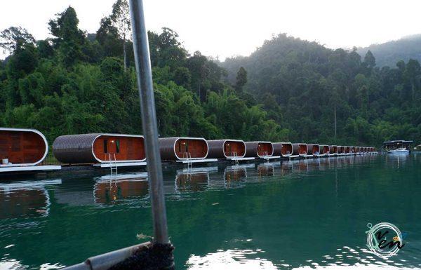 luxury-floating-bungalows
