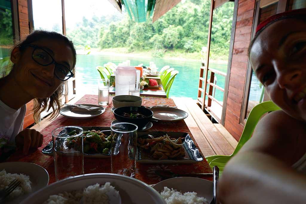 Khao Sok Lake, dormir en cabañas flotantes