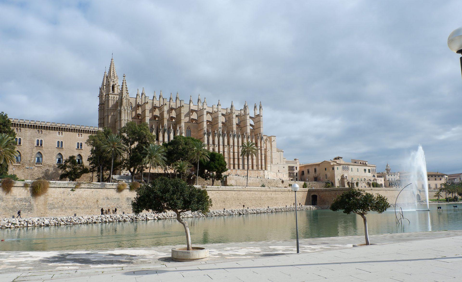 qué ver y dónde comer en Palma de Mallorca