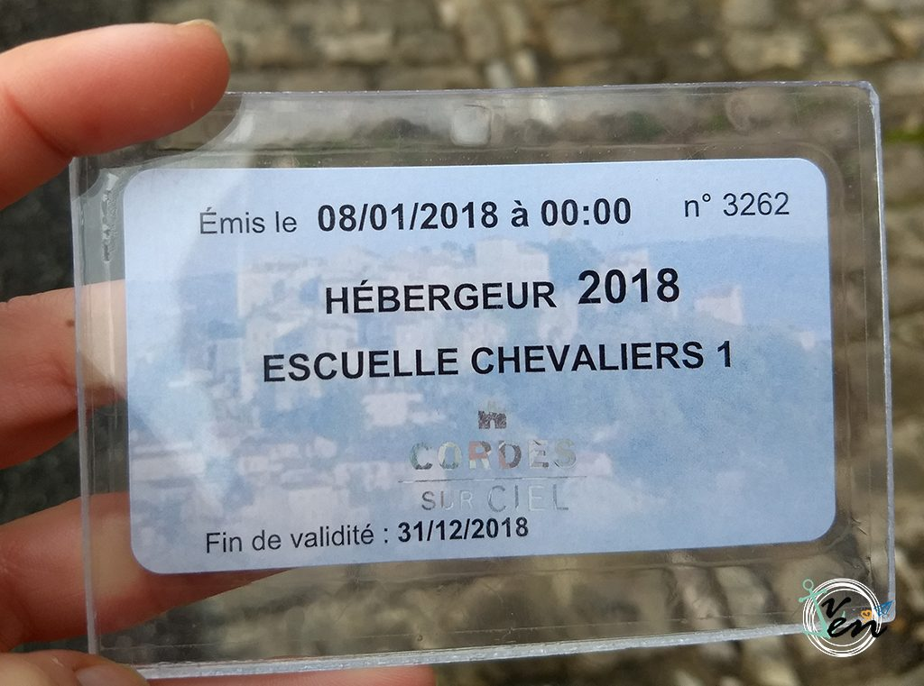 Tarjeta de aparcamiento gratuito en Cordes sur Ciel