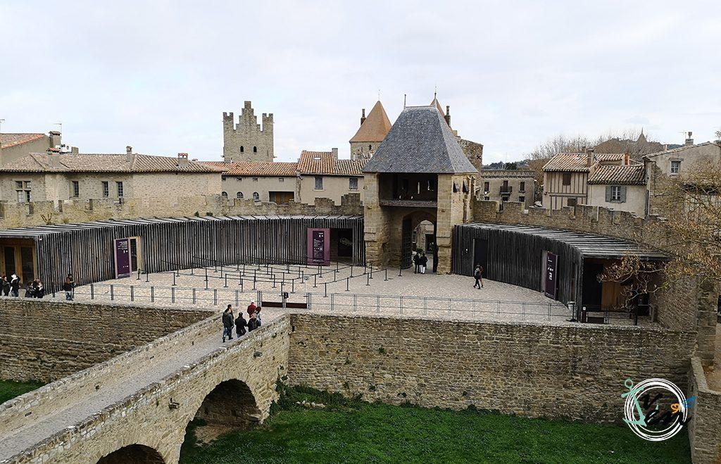 Carcassonne, fortaleza y castillo medieval