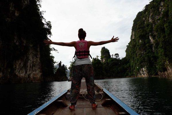 khao-sok-lake-woman